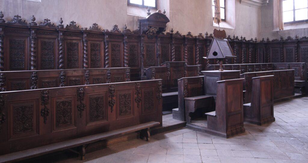 Coro chiesa Battuti Bianchi
